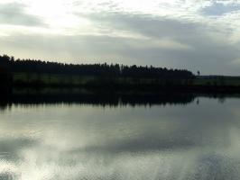 Kirnbergsee im Herbst